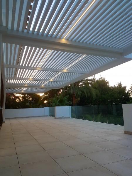Iluminación de terraza con Led empotrado